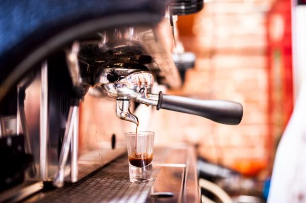 Espresso-online-iStock-Bogdanhoda-1000