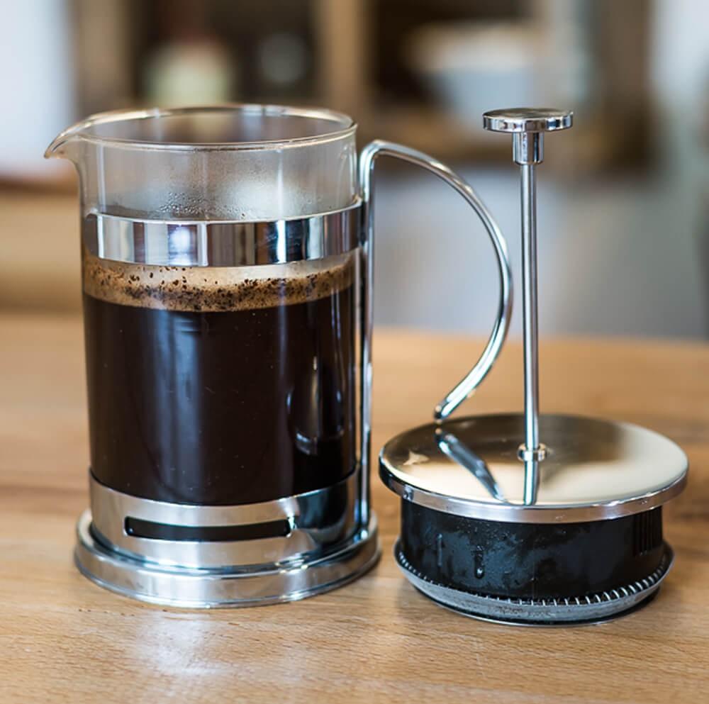 Stempelkanne-zubereitung-kaffee