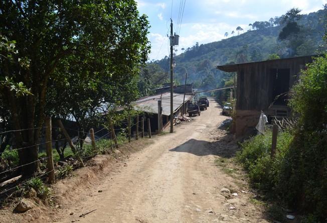 https://www.martermuehle.de/media/image/b4/ac/72/Kaffeedorf-Lampocoy-Guatemala.jpg